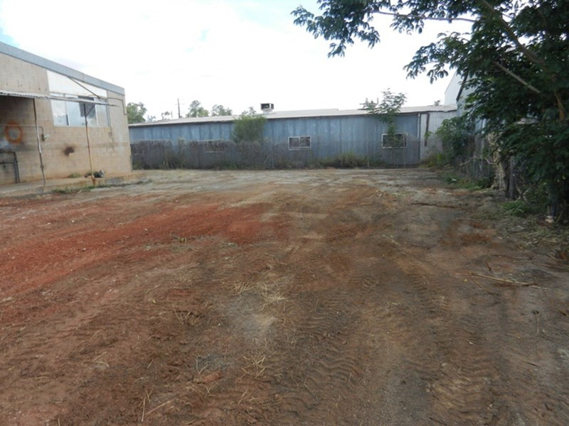 23-25 Commercial Road MOUNT ISA QLD 4825