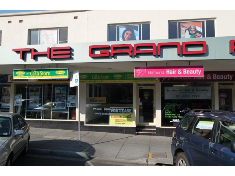 131B Howick Street BATHURST NSW 2795