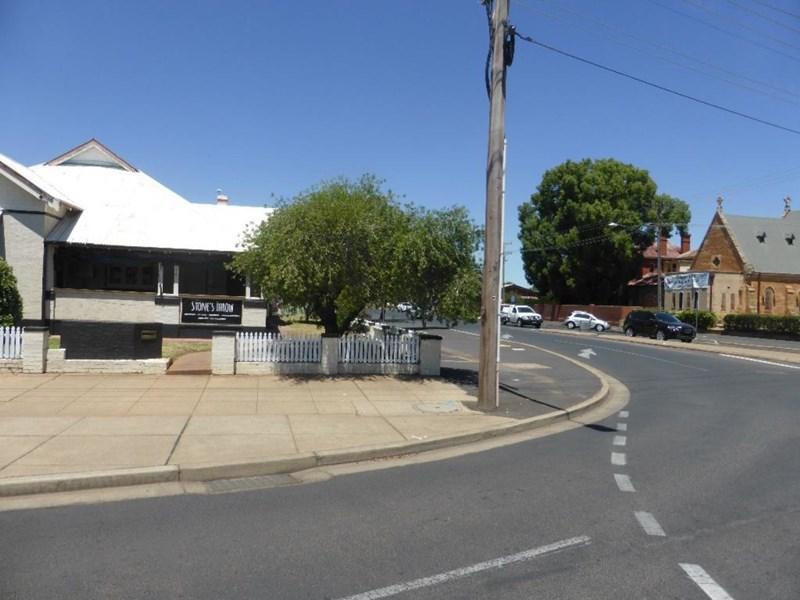 194 Brisbane Street DUBBO NSW 2830