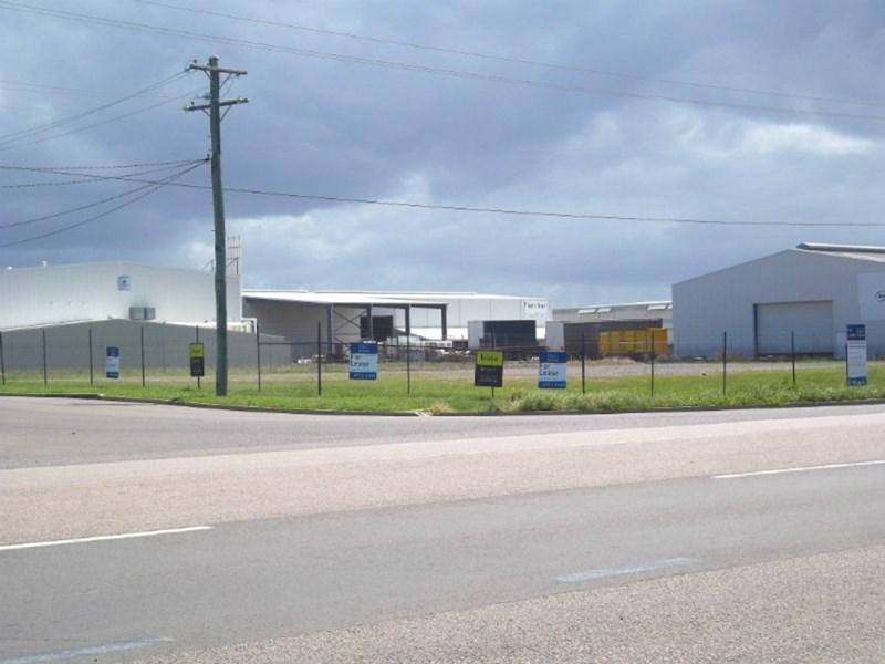 20 Desma Court MOUNT LOUISA QLD 4814