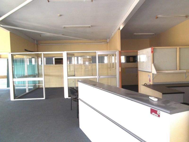 581 Ingham Road MOUNT ST JOHN QLD 4818
