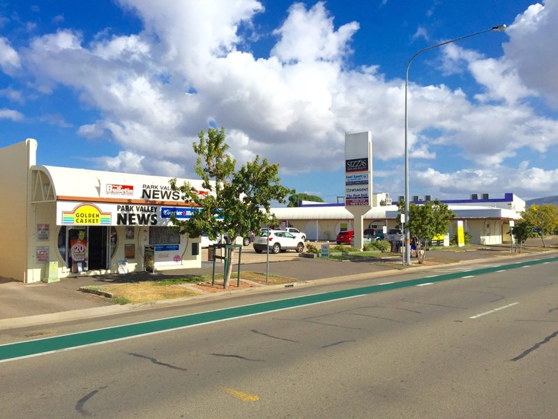 1A/208-210 Charters Towers Road HERMIT PARK QLD 4812
