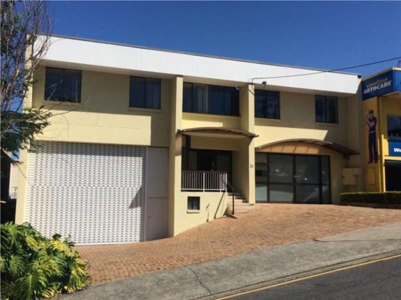 31 Cordova Street MILTON QLD 4064