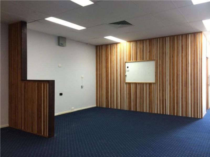 1 Park Road MILTON QLD 4064