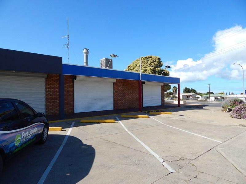 138 Mortlock Tce / cnr. Shepherd Avenue PORT LINCOLN SA 5606