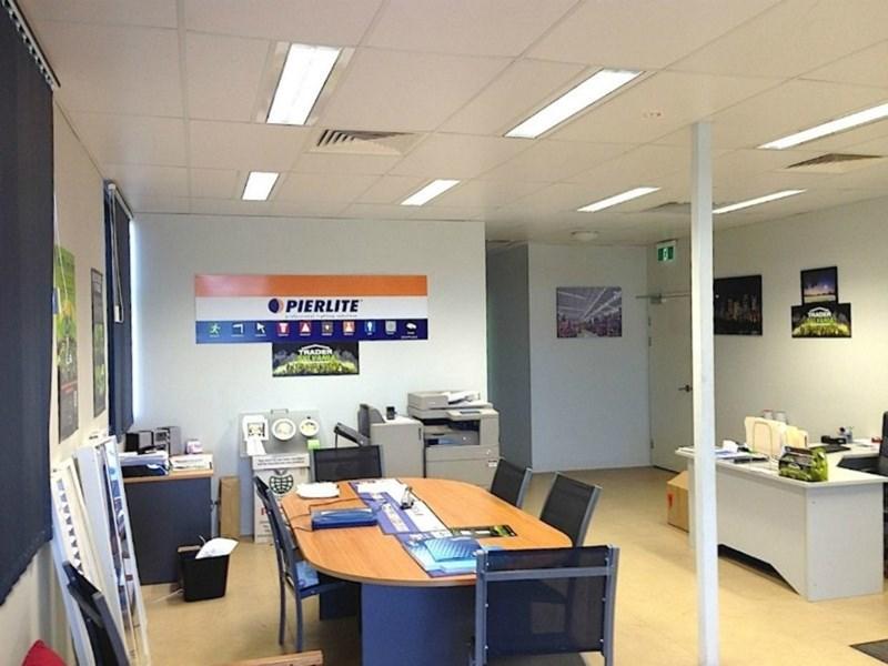 27-29 Corporate Crescent GARBUTT QLD 4814