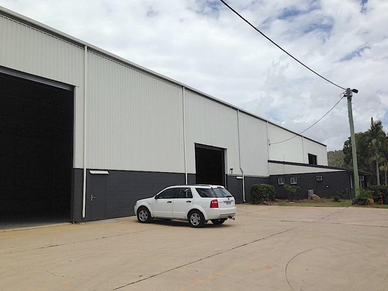 3/704 Ingham Road MOUNT LOUISA QLD 4814