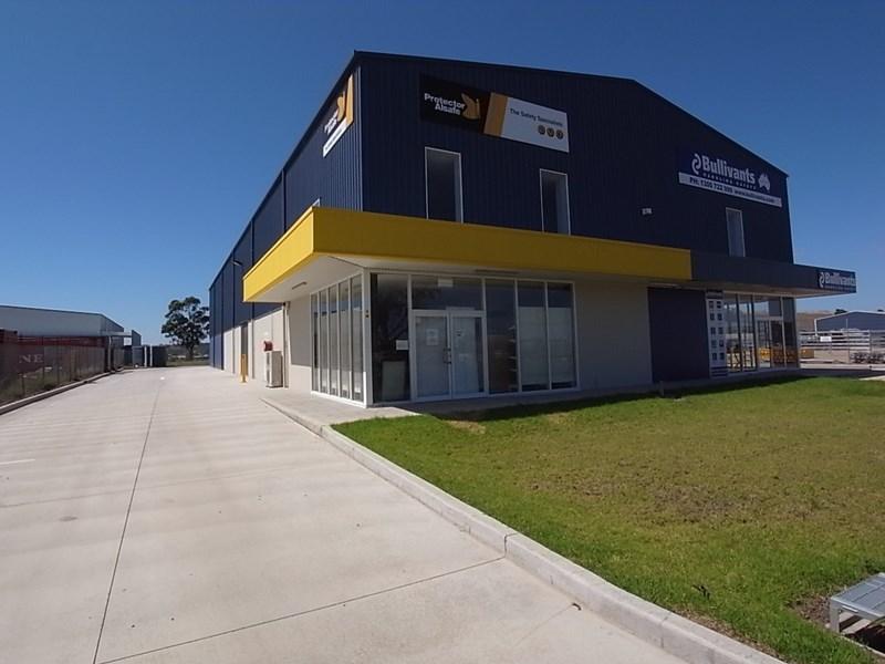 1/12 Enterprise Crescent MUSWELLBROOK NSW 2333