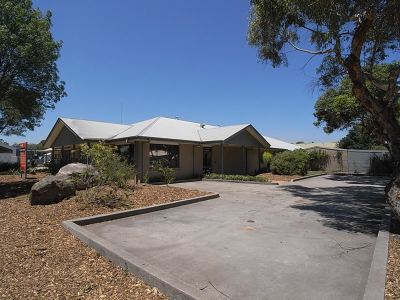 2 Francis Street MUSWELLBROOK NSW 2333