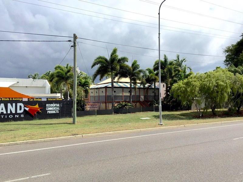 7 Woolcock Street HYDE PARK QLD 4812