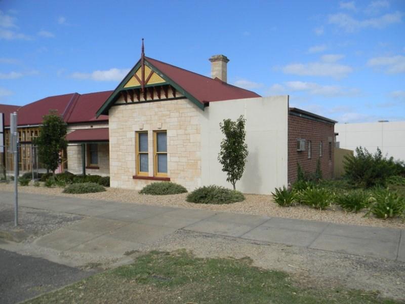 19 Adelaide Place PORT LINCOLN SA 5606