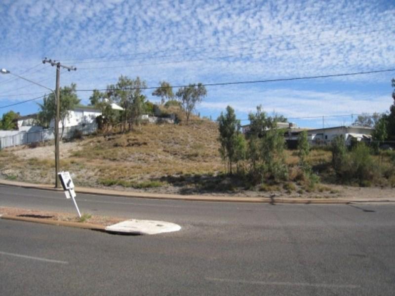75 Deighton Street MOUNT ISA QLD 4825