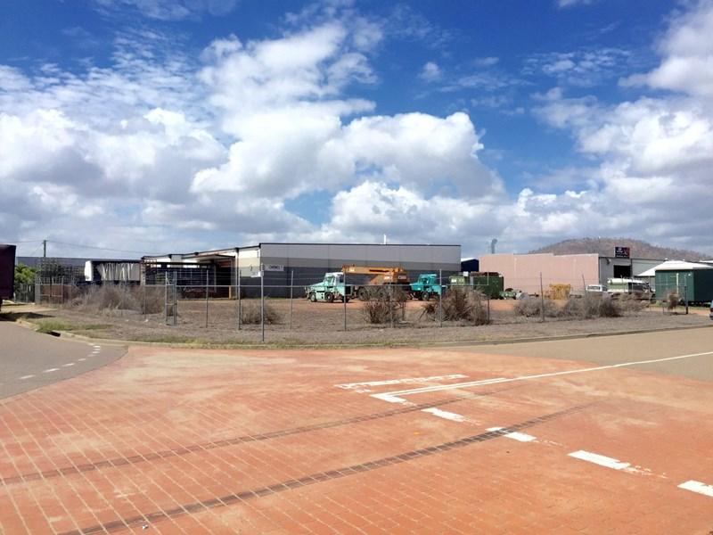 30 Civil Road GARBUTT QLD 4814