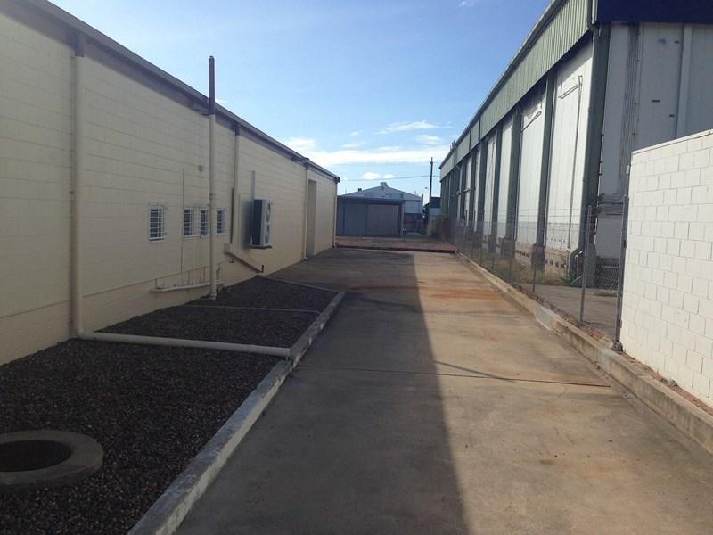 441 Woolcock Street GARBUTT QLD 4814