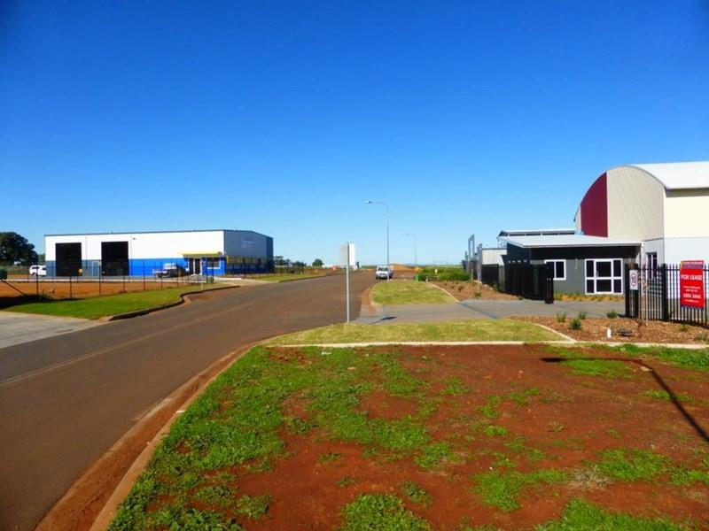8 Capital Drive DUBBO NSW 2830