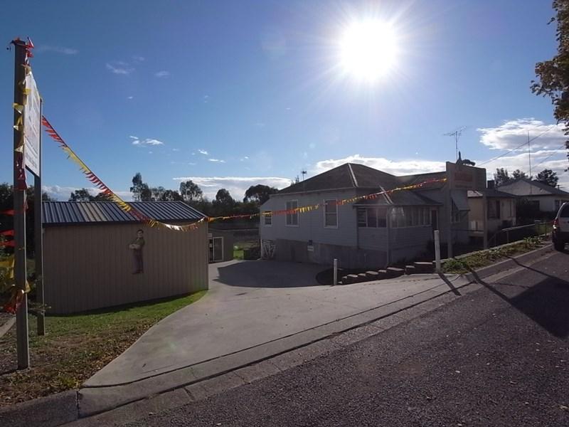 220 Bridge Street MUSWELLBROOK NSW 2333