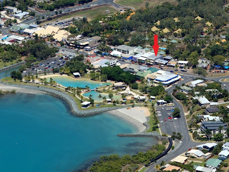 2/348 Shute Harbour Road AIRLIE BEACH QLD 4802