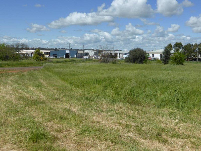 Lot 100 Purvis Lane 1 Tannery Rd Dubbo Nsw 2830 Land