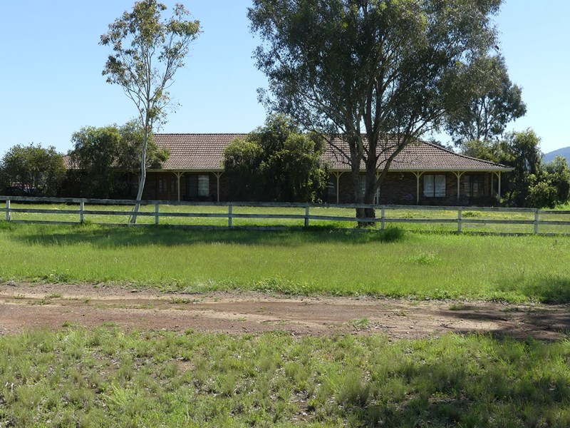 26-40 Spains Lane TAMWORTH NSW 2340