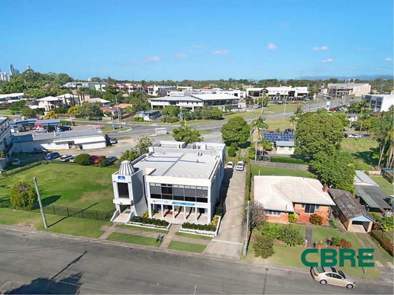 94 Eugaree Street SOUTHPORT QLD 4215