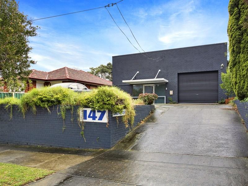 Moorefields Road KINGSGROVE NSW 2208