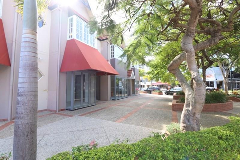 3-4/26 Tedder Avenue MAIN BEACH QLD 4217