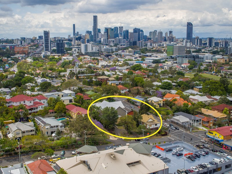 395 Milton Road AUCHENFLOWER QLD 4066