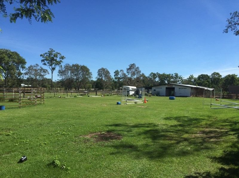 542 Old Bay Road BURPENGARY QLD 4505