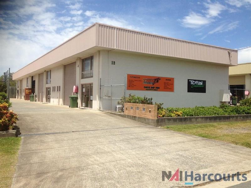 2/12 Ereton Drive ARUNDEL QLD 4214