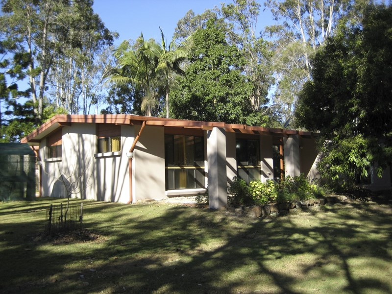 1 Ellwood Drive BELLMERE QLD 4510
