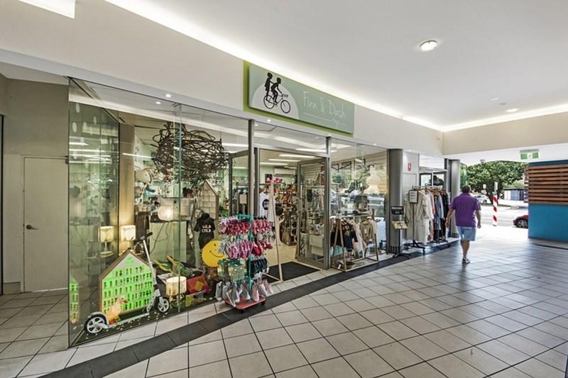Shops 5, 9/23 Cotton Tree Parade COTTON TREE QLD 4558