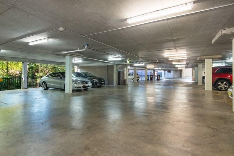 Suite 5/895 Pacific  Highway PYMBLE NSW 2073