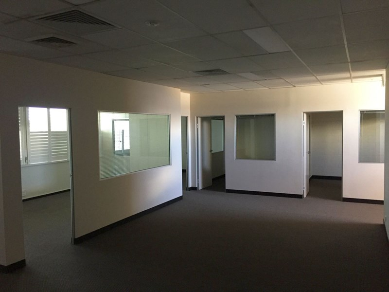 Office 5 / 89 - 93 Erindale Road BALCATTA WA 6021