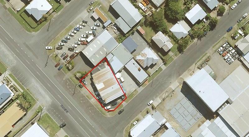 176 Newell Street BUNGALOW QLD 4870