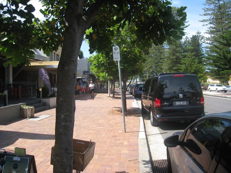 Barrenjoey  Road NEWPORT NSW 2106