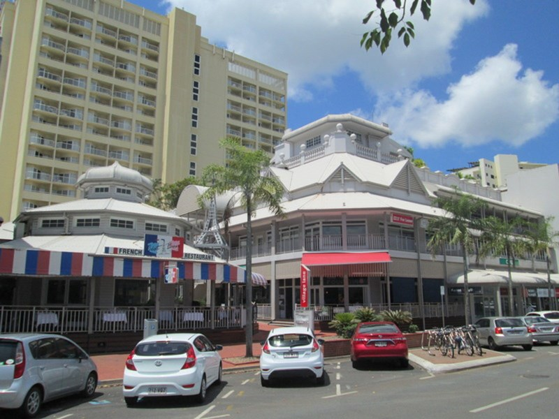 Suite 62 (/20-32 Lake Street CAIRNS QLD 4870
