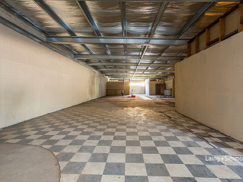 5 The Crescent FAIRFIELD NSW 2165