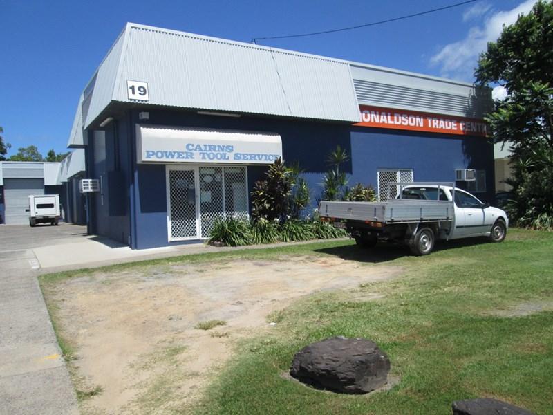 1/19 Donaldson Street MANUNDA QLD 4870