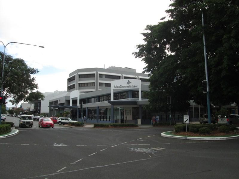 Part Level/104 Grafton Street CAIRNS CITY QLD 4870