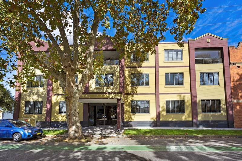 Florin Hou/553-555 Smollett Street ALBURY NSW 2640