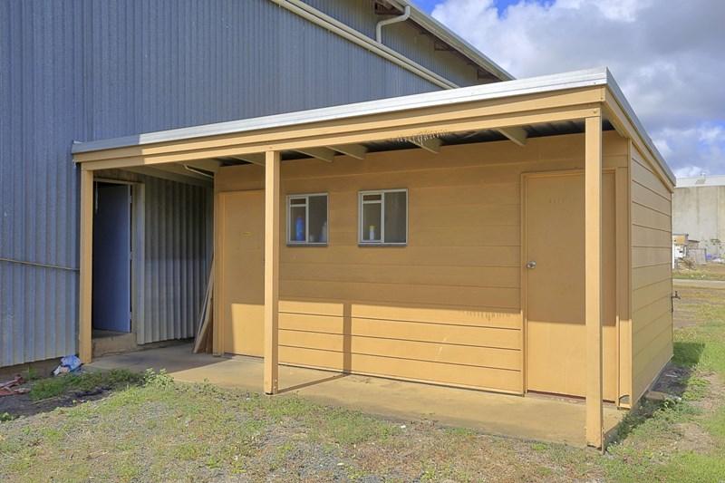 9 Aitkenhead Street BUNDABERG EAST QLD 4670