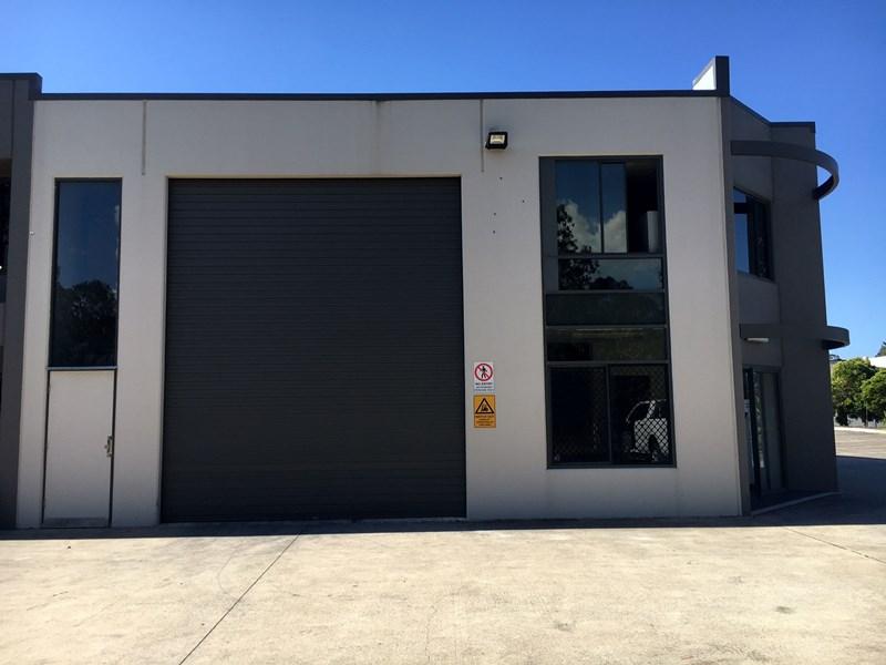 1/2-6 Commerce Circuit YATALA QLD 4207