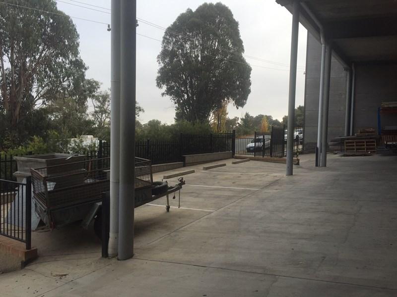 2/205 Gilmore Road QUEANBEYAN NSW 2620