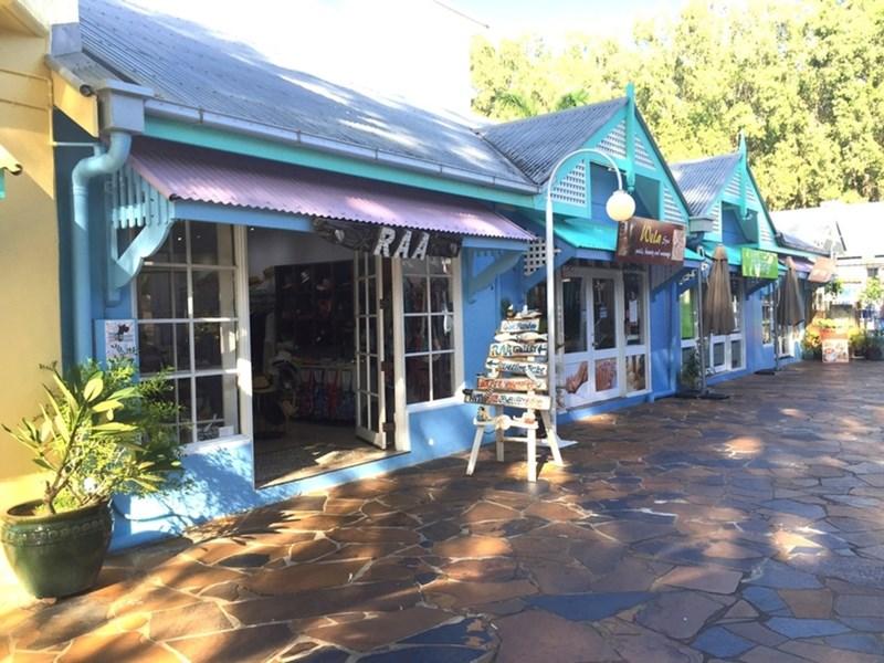 Shop 10/111 Williams Esplanade PALM COVE QLD 4879