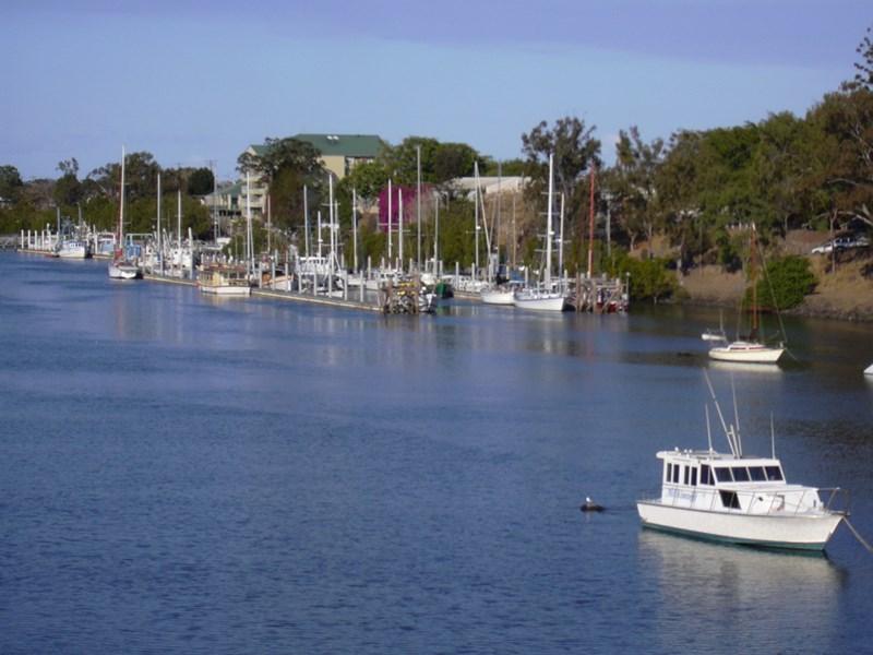 6 Massey St BUNDABERG EAST QLD 4670