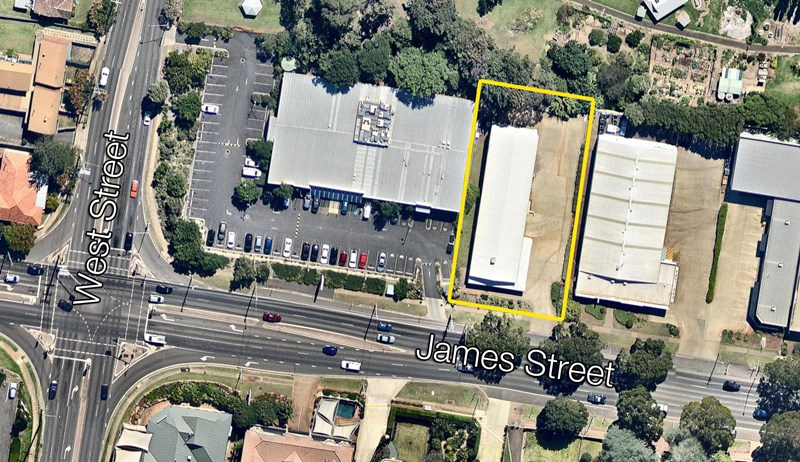 T. 1, 259 James Street TOOWOOMBA QLD 4350