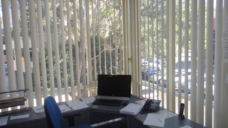 Suite 4/106 Old Pittwater Road BROOKVALE NSW 2100
