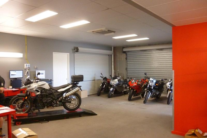 749 Woolcock Street MOUNT LOUISA QLD 4814