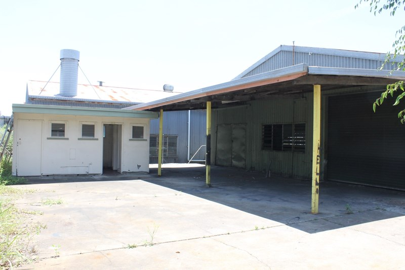 15 Brewer Street CLONTARF QLD 4019