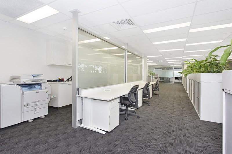 Level 9/301 Coronation Drive MILTON QLD 4064